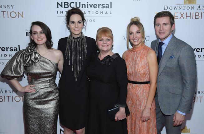 Il cast di Downton Abbey alla mostra itinerante di New York