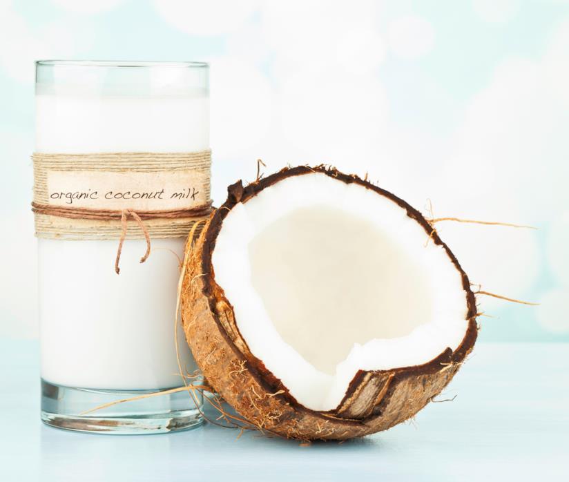 Bicchiere di latte di cocco