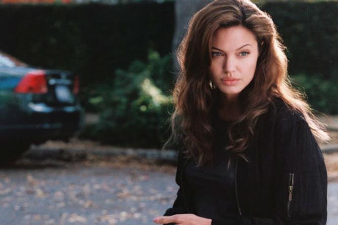 Angelina Jolie nel film Mr and Mrs Smith