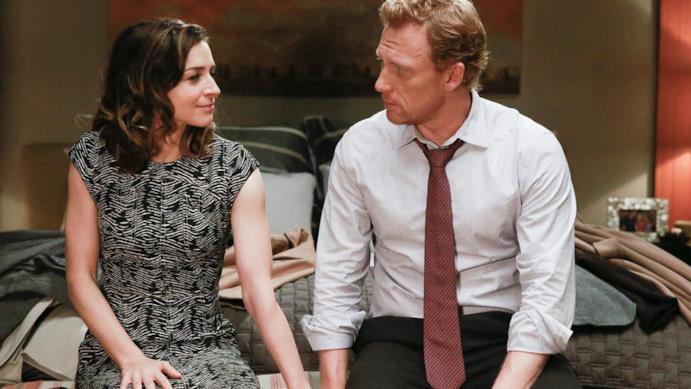 Amelia (Caterina Scorsone) e Owen (Kevin McKidd) in una scena di Grey's Anatomy