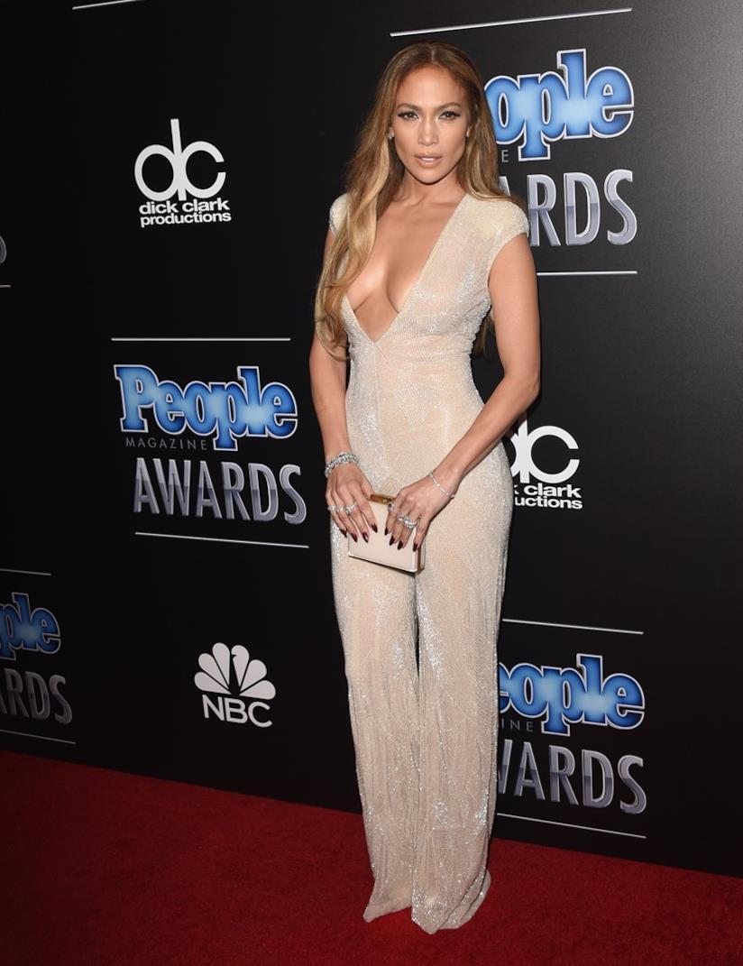 Jennifer Lopez ai People Magazine Awards