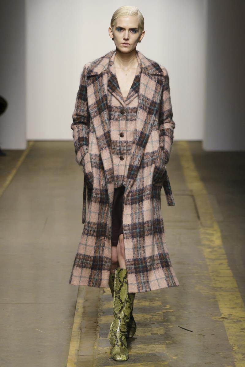 Sfilata MORFOSIS Collezione Alta moda Autunno Inverno 19/20 Roma - 24