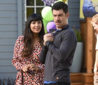 Cece e Schmidt nella settiima stagione di New Girl