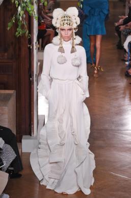 Sfilata VALENTINO Collezione Alta moda Autunno Inverno 19/20 Parigi - ISI_3953