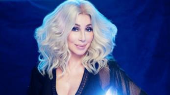 Cher pubblica il nuovo album Dancing Queen