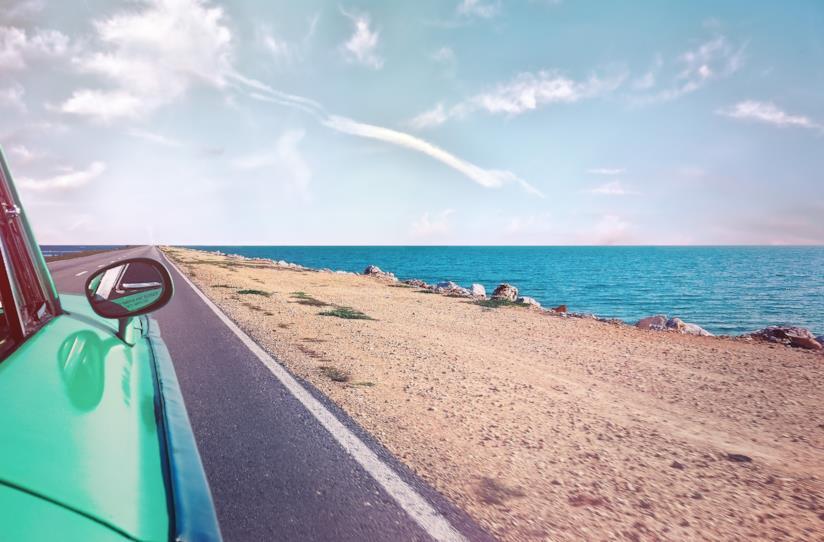 Mare visto dall'automobile