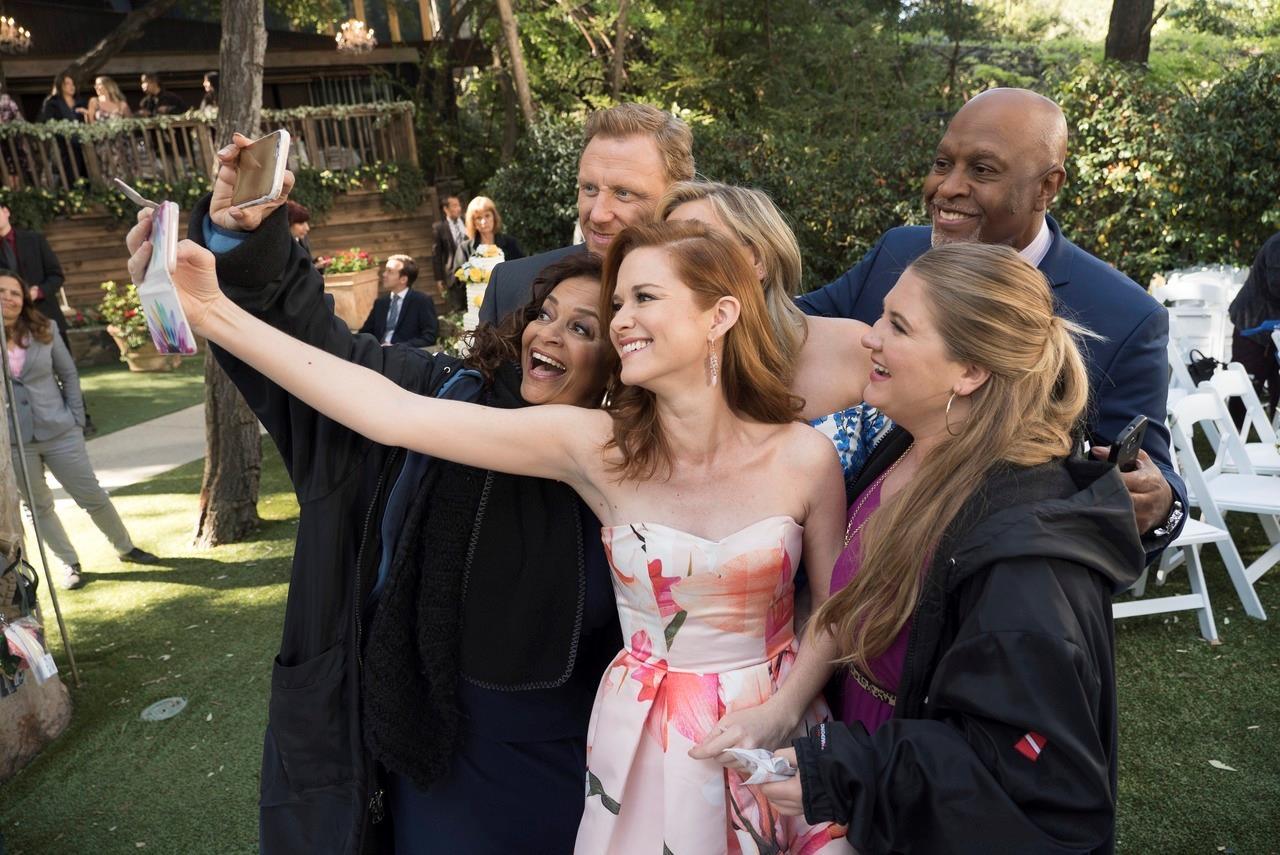 Grey's Anatomy: April e il selfie nel finale di stagione