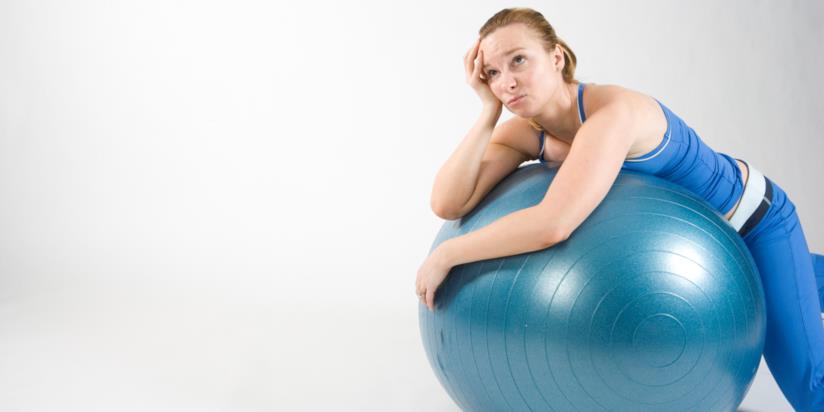 Donna in ariposo dopo allenamento