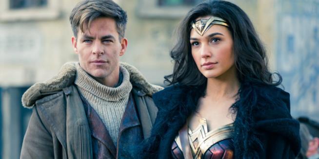 Chris Pine e Gal Gadot in Wonder Woman
