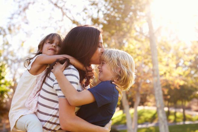 Mamma con bambini