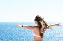 Donna al mare