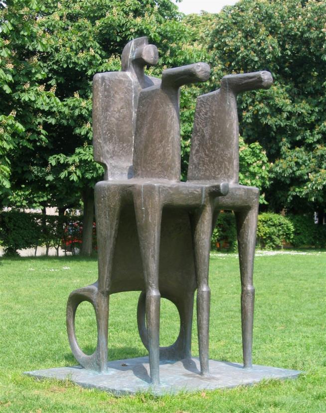 Scultura con cavalli di Fritz Koenig