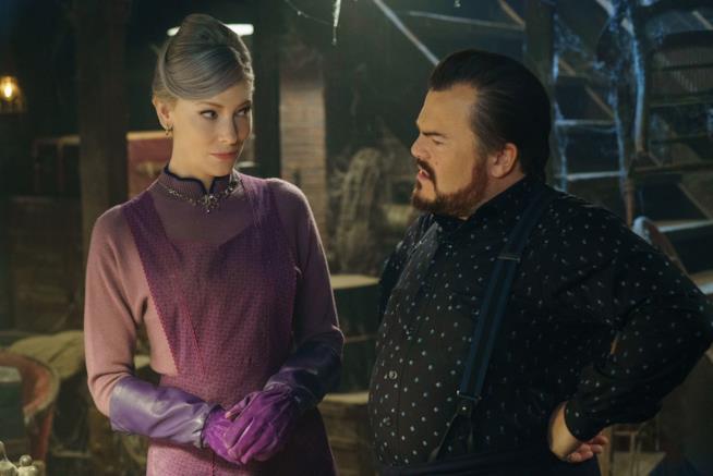 Cate Blanchett e Jack Black in una immagine tratta dal film I mistero della casa del tempo