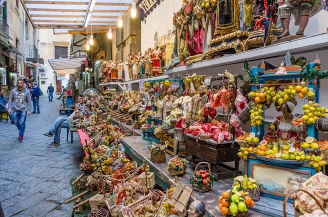 Via dei Presepi a Napoli