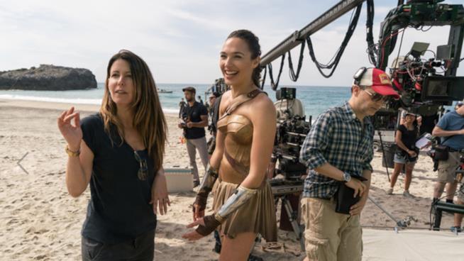 Patty Jenkins con Gal Gadot sul set di Wonder Woman