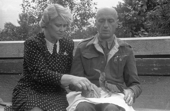 Una immagine di archivio di Antonina e Jan Żabiński