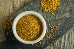 Come assumere e quali sono i benefici del polline d'api, toccasana naturale.