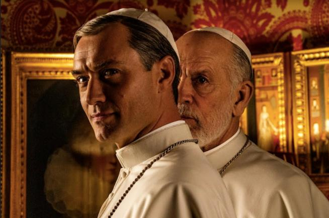 The New Pope Marylin Manson tra Jude Law e John Malkovich