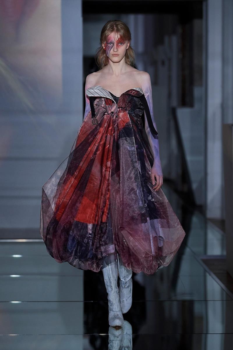 Sfilata MAISON MARGIELA Collezione Alta moda Autunno Inverno 19/20 Parigi - Margiela PO HC RF19 0021