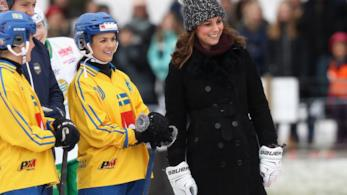 Kate Middleton sul campo da hockey