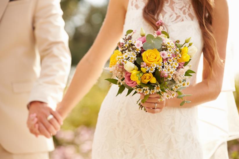 Esempio di bouquet con rose gialle