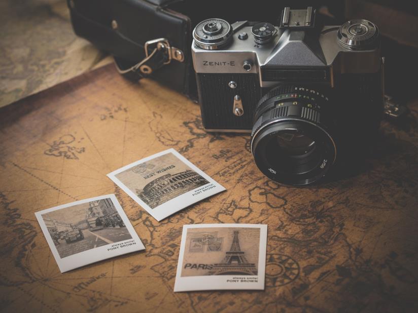 Macchina fotocamera e fotografie.