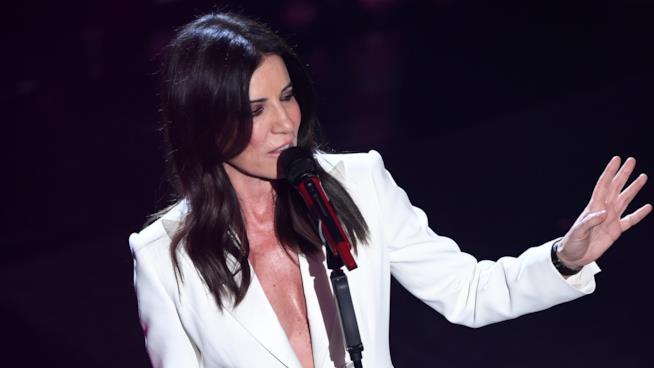 L'abito di Paola Turci a Sanremo 2019