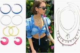 Dua Lipa punta sugli accessori e occhiali da sole cat-eye per il suo look anni '50