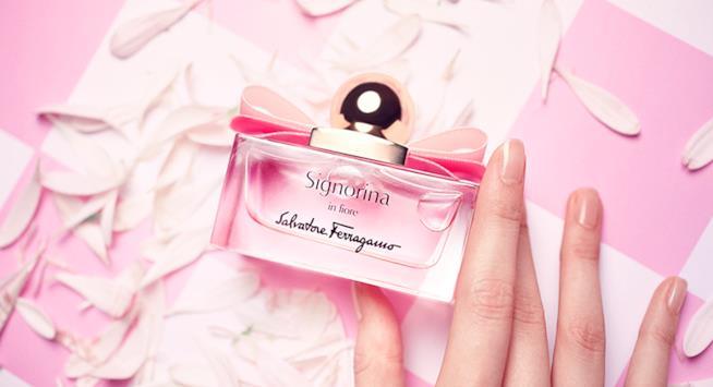 Il profumo sui toni del rosa e dalla fragranza fresca di Ferragamo
