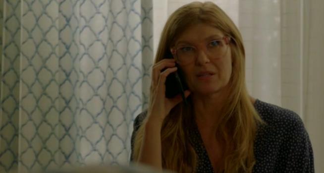 911: Abby in una scena dall'episodio 1x03