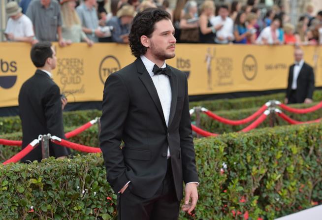 Kit Harington ha ritrattato la sua posizione sul sessismo a Hollywood