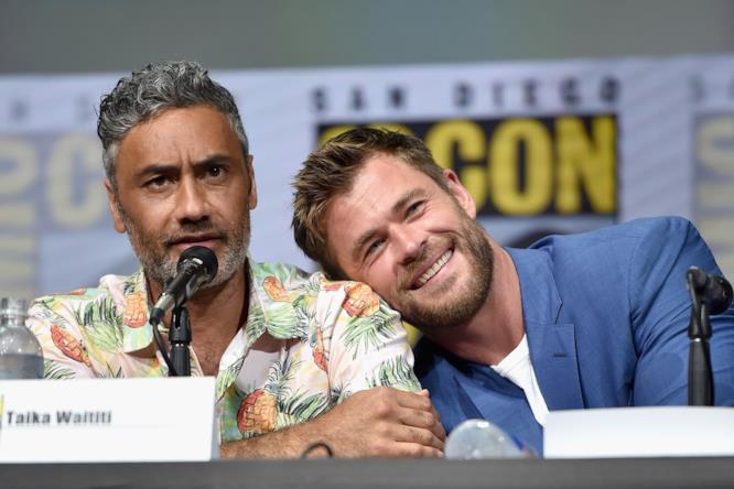 Taika Waititi e Chris Hemsworth al Comic-Con di San Diego 2017
