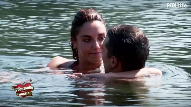 Il primo bacio tra Federico e Rosa
