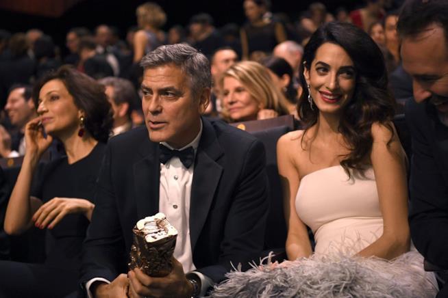 George Clooney e sua moglie Amal
