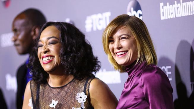 Shonda Rhimes e Ellen Pompeo a un evento ABC