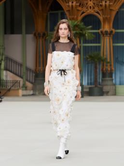 Sfilata CHANEL Collezione Donna Primavera Estate 2020 Parigi - CHANEL Resort PO RS20 0080