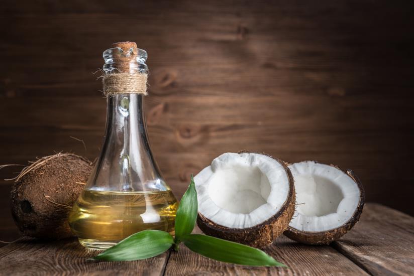 Olio di cocco e cocchi