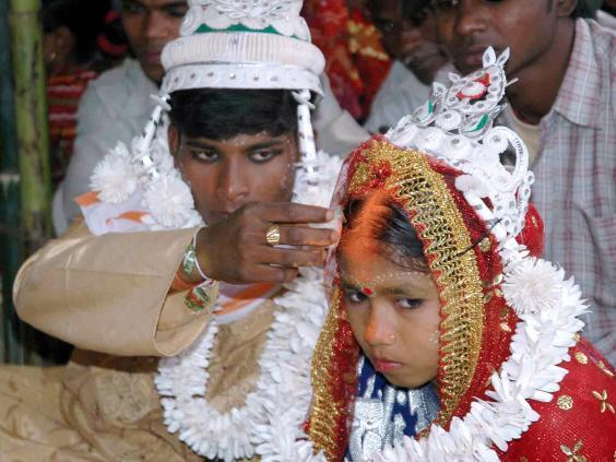 Una bambina si sposa in India