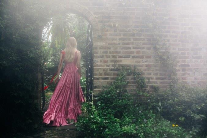 Sophie Turner nel photoshoot per WMagazine