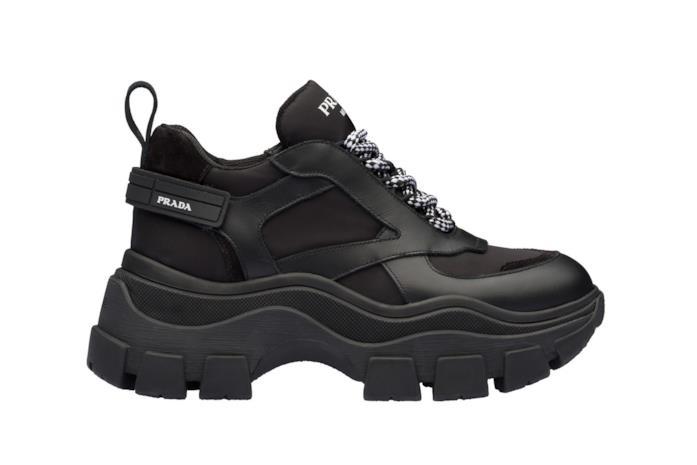Chunky Sneakers in pelle nera con dettagli bianchi e lacci bicolore