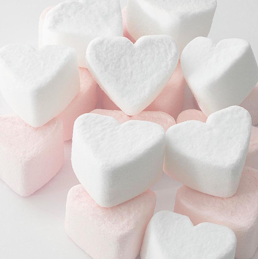 L'immagine di marshmallow a forma di cuore