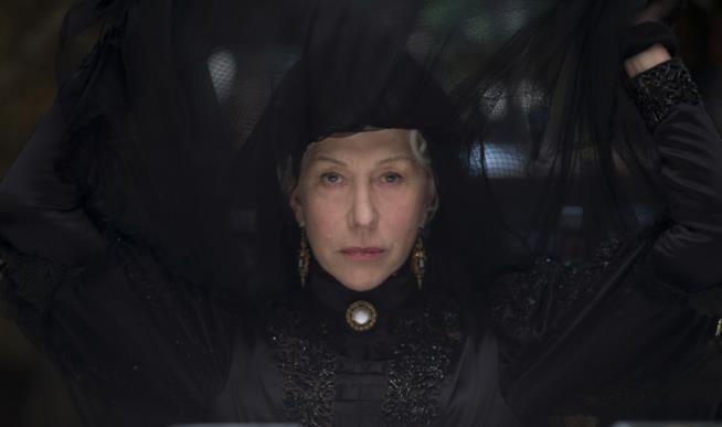 Una scena del film La vedova WInchester con Helen Mirren