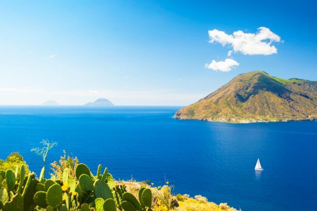 Vista dall'alto di Lipari, isole Eolie