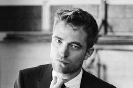 L'attore inglese Robert Pattinson