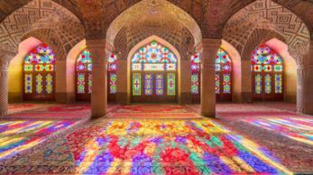 Iran, Shiraz, interni della moschea Al Nasir Mulk