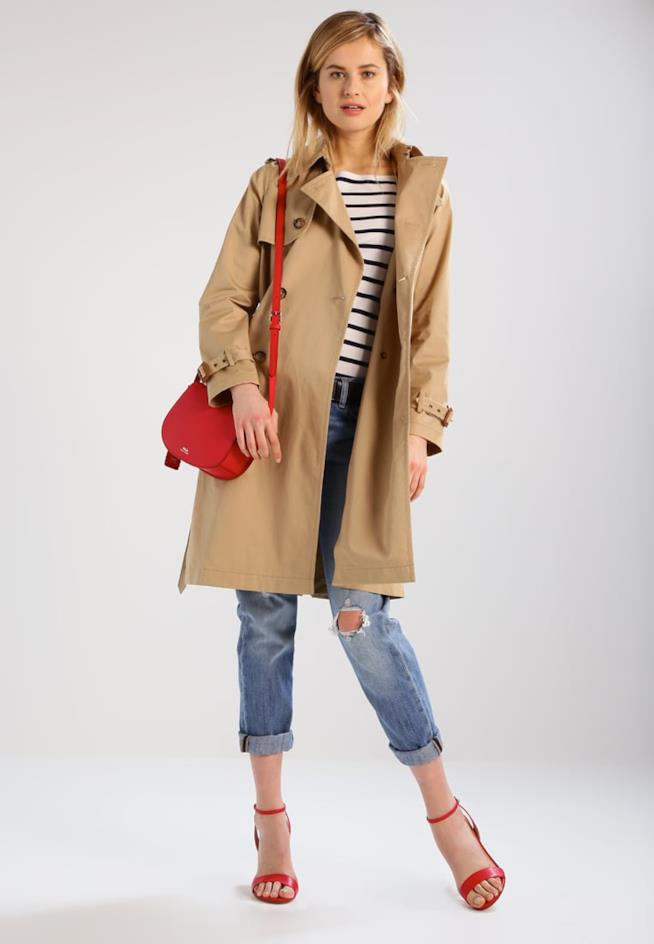 Il trench beige