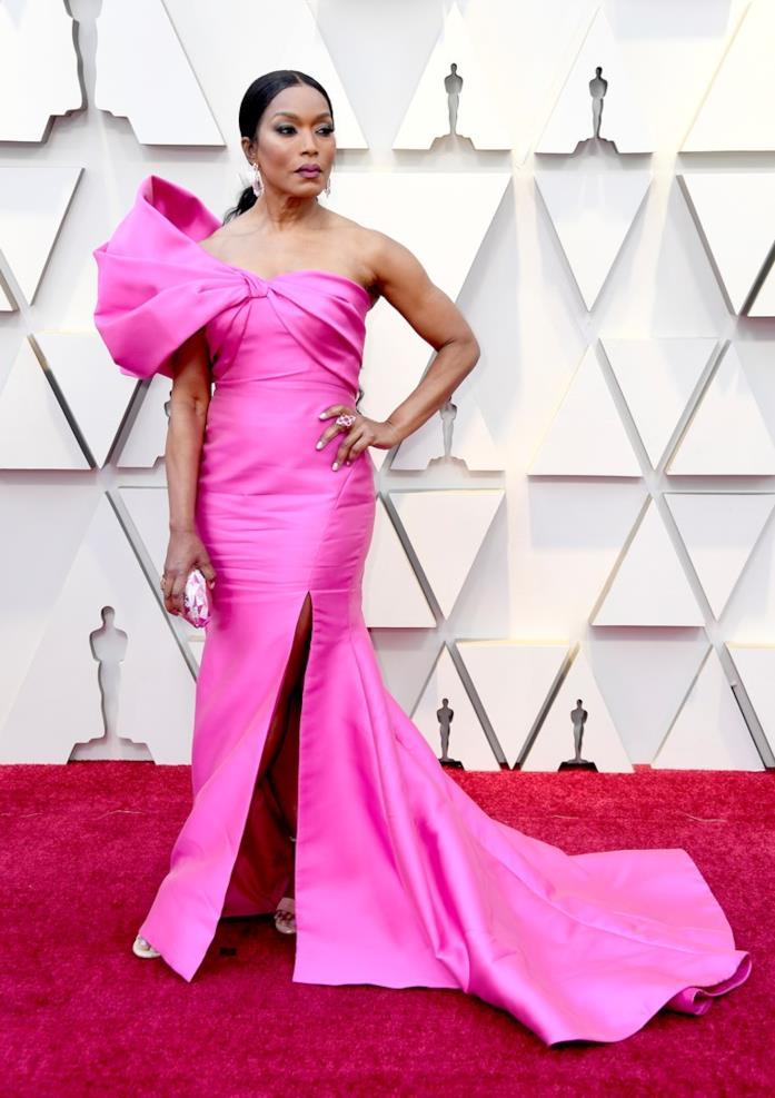 Angela Bassett sul red carpet degli Oscar