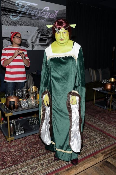 Colton Haynes interpreta la Principessa Fiona per Halloween