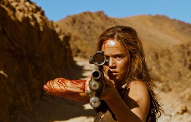 Un'immagine di Matilda Lutz in azione