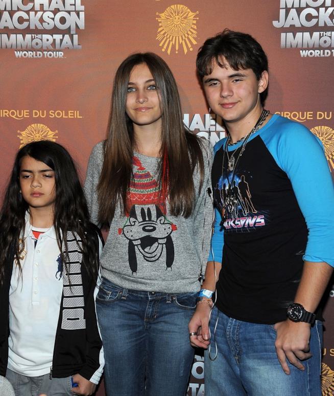 Paris Jackson con i fratelli